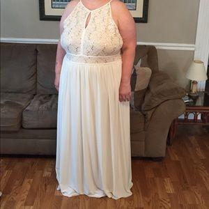 Dresses & Skirts - Ivory Wedding Dress